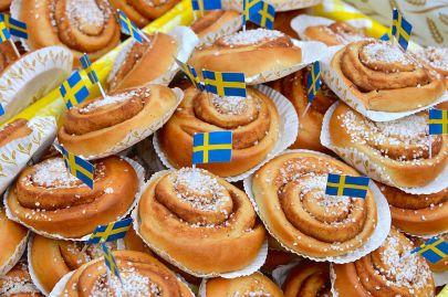 1024px-Sveriges_Nationaldag_2014